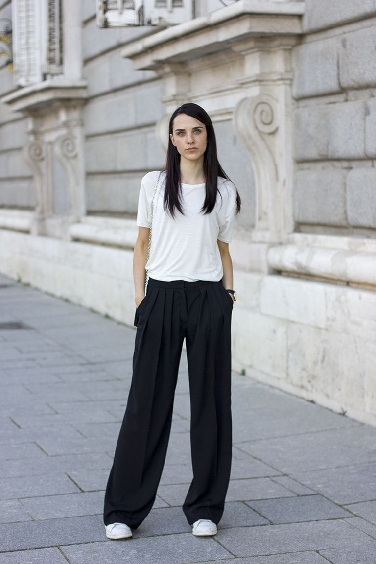 20 Of The Best Colors To Pair With Black Or White: Cómo Llevar Pantalones Palazzo Aunque Seas Bajita