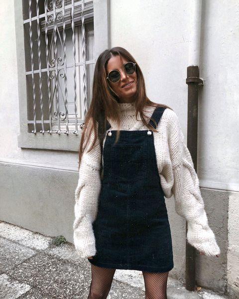 e4116764b4 Estos 18 looks de las fashionistas reinas de Instagram te dan las claves  para lucir el. Ese jersey oversize ...