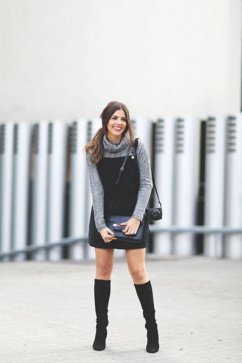 White, Clothing, Black, Blue, Footwear, Shoulder, Street fashion, Fashion, Beauty, Knee,