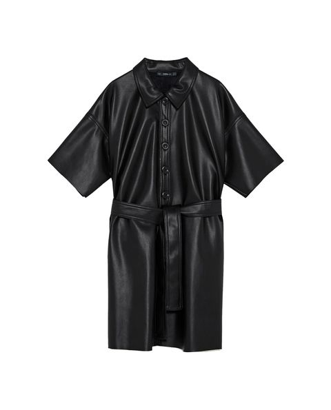 Clothing, Black, Sleeve, Robe, Outerwear, Nightwear, Academic dress, Dress, Textile, Collar,
