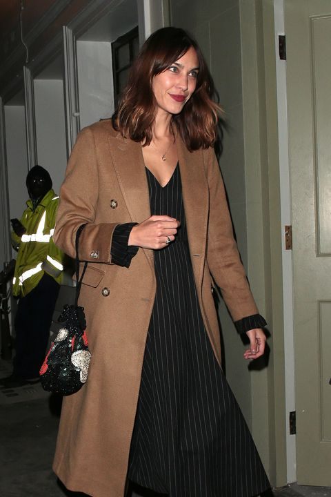 Clothing, Trench coat, Overcoat, Coat, Outerwear, Fashion, Leg, Fashion model, Duster, Brown hair,