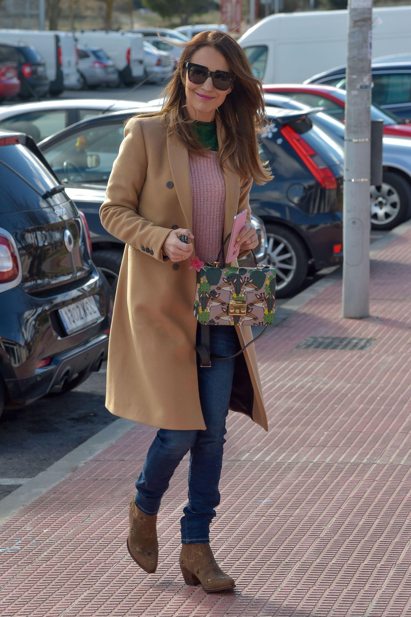 Paula Echevarría y el look que mezcla las tendencias básicas