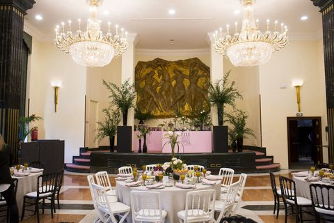 Room, Restaurant, Function hall, Decoration, Property, Interior design, Building, Lighting, Furniture, Table,