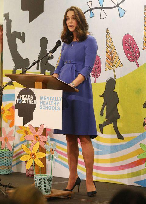 kate-middleton-estilo-azul-vestido