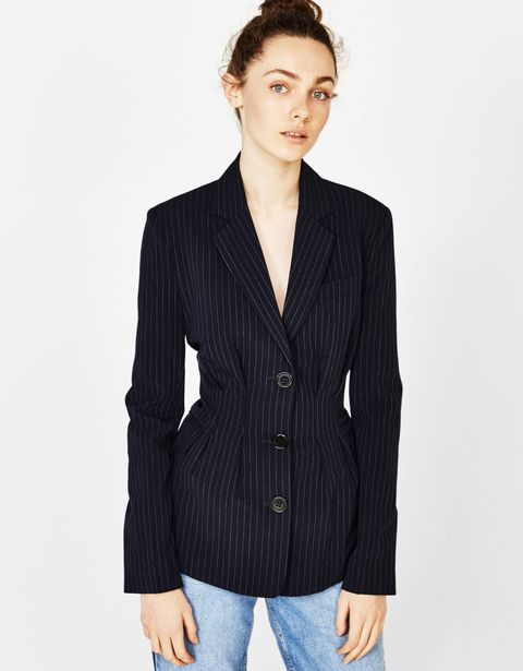 Clothing, Outerwear, Blazer, Jacket, Suit, Sleeve, Top, Formal wear, Neck, Button,