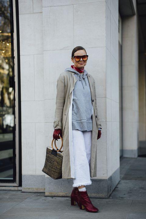 Street fashion, Clothing, White, Fashion, Coat, Trench coat, Snapshot, Outerwear, Beige, Footwear,