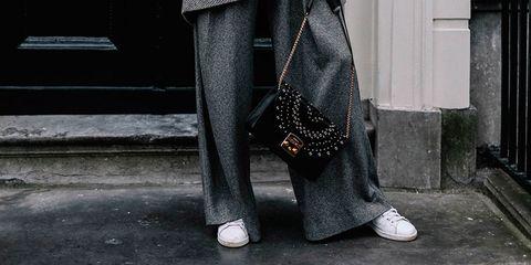 Los Pantalones De Vestir Ya No Se Llevan Como Sueles Hacerlo Cambia El Modo En Que Combinas Tus Pantalones De Vestir
