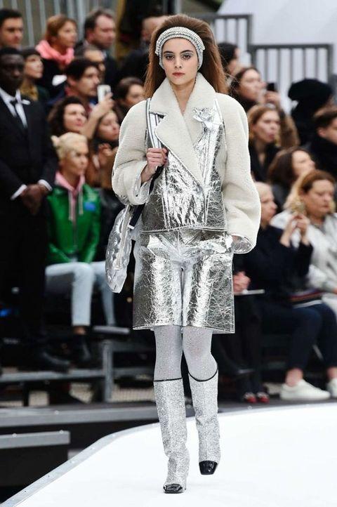 Fashion, Fashion model, Fashion show, Runway, Event, Street fashion, Fur, Outerwear, Fashion design, Footwear,
