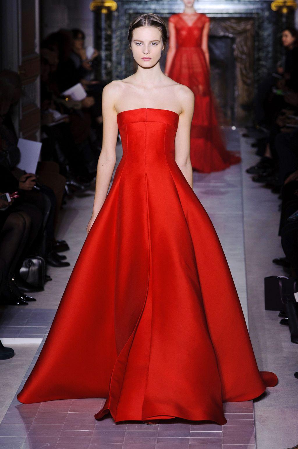 Versione Sera Chic Lunghi In Valentino Rosso Abiti Ispirazione Rouge Di qXn54F