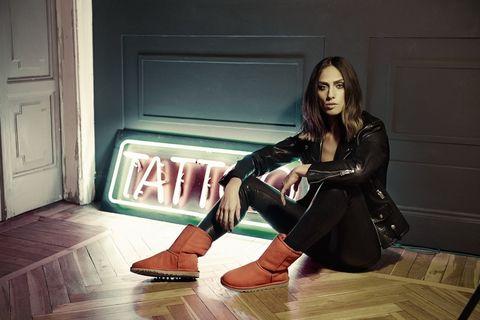 Floor, Flooring, Door, Sitting, Wood flooring, Home door, Leather, Laminate flooring, Fictional character, Foot,
