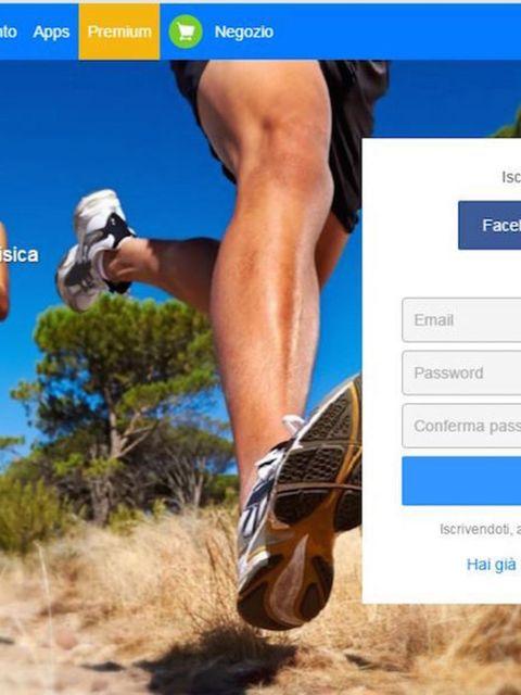 Leg, Recreation, Human leg, Landscape, Sunglasses, Outdoor recreation, Shorts, Soil, Azure, Knee,