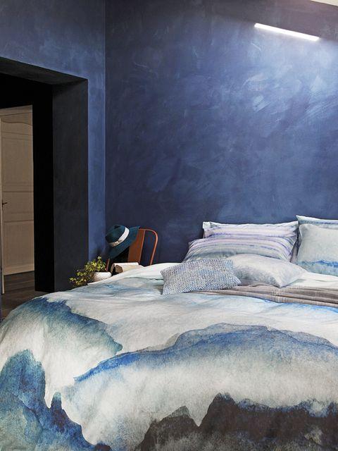 Bed, Blue, Room, Lighting, Property, Bedding, Interior design, Bedroom, Textile, Bed sheet,