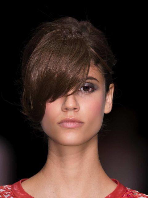 Lip, Hairstyle, Chin, Eyelash, Red, Bangs, Style, Jaw, Beauty, Fashion,