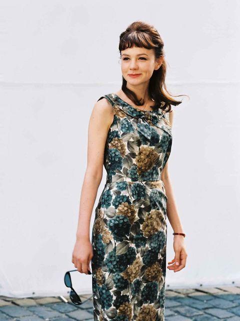 Clothing, Sleeve, Shoulder, Dress, One-piece garment, Style, Fashion model, Street fashion, Day dress, Fashion,