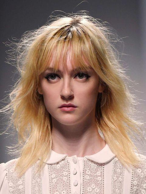 Lip, Mouth, Hairstyle, Chin, Eyebrow, Eyelash, Style, Bangs, Beauty, Fashion,