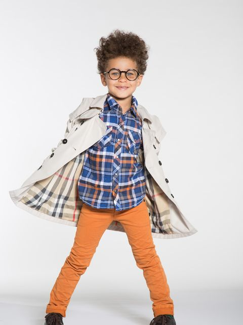 Collar, Sleeve, Textile, Plaid, Dress shirt, Pattern, Style, Bag, Street fashion, Fashion,