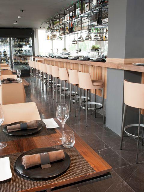 Interior design, Glass, Furniture, Table, Drinkware, Restaurant, Interior design, Barware, Stemware, Kitchen utensil,