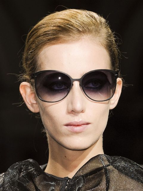 Clothing, Eyewear, Ear, Vision care, Lip, Hairstyle, Goggles, Sunglasses, Style, Earrings,