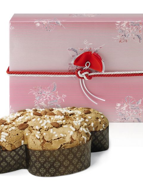 Gift wrapping, Rectangle, Present, Cuisine, Dessert, Ribbon, Wedding favors, Baked goods, Box, Party favor,