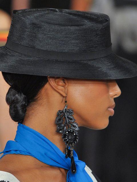Ear, Earrings, Hat, Hairstyle, Chin, Fashion accessory, Style, Headgear, Jewellery, Black hair,