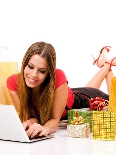 Laptop part, Laptop, Bag, Office equipment, Personal computer, Home accessories, Computer, Long hair, Peach, Basket,