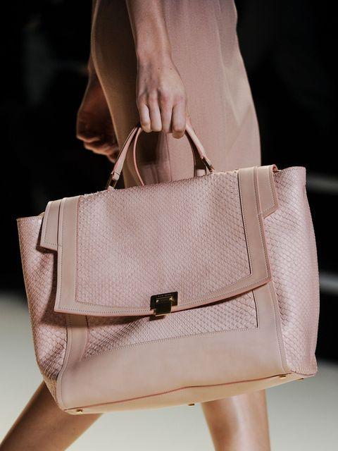 Brown, Bag, Fashion accessory, Style, Luggage and bags, Khaki, Shoulder bag, Tan, Fashion, Beauty,