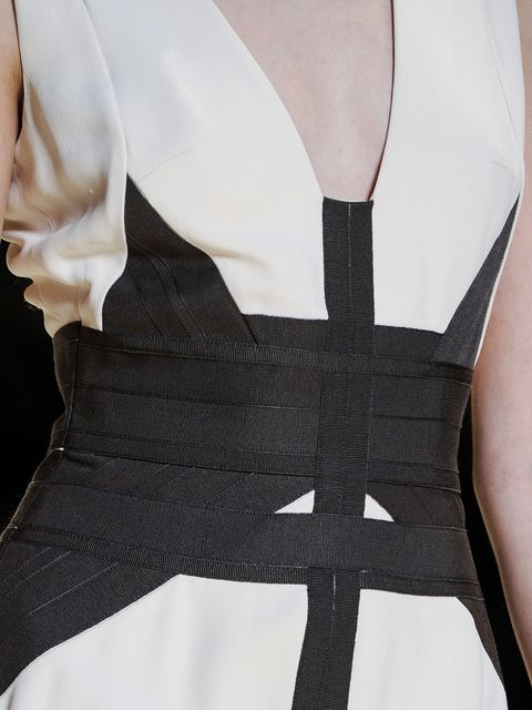Sleeve, Collar, Textile, White, Pattern, Style, Fashion, Black, One-piece garment, Day dress,