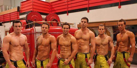 Calendario Pompieri.18 Ottimi Motivi Per Chiamare I Pompieri O Comprare Il Loro