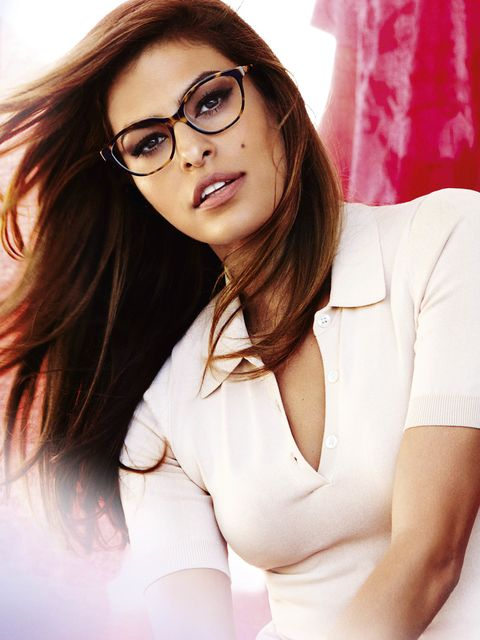 Eyewear, Face, Glasses, Nose, Vision care, Mouth, Lip, Hairstyle, Skin, Sleeve,