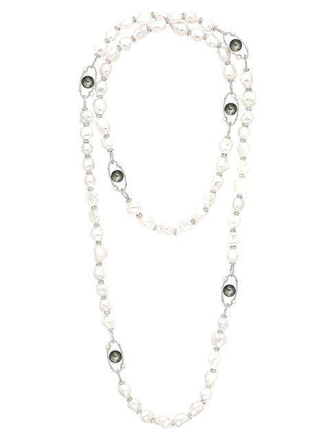 Jewellery, White, Fashion accessory, Body jewelry, Metal, Chain, Fashion, Natural material, Bridal accessory, Gemstone,