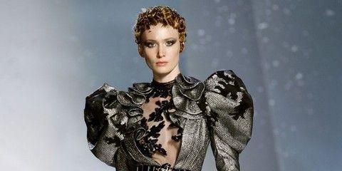 Human, Human body, Fashion show, Joint, Fashion model, Style, Dress, Runway, Waist, Fashion,