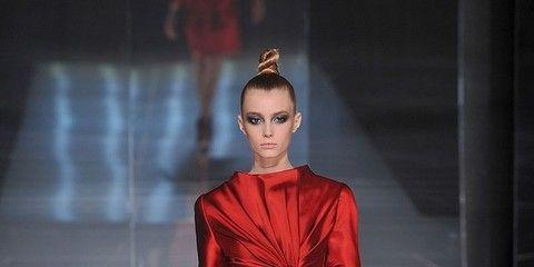 Sleeve, Human body, Fashion show, Shoulder, Human leg, Dress, Joint, Red, Fashion model, Style,