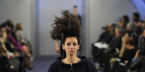 Head, Fashion show, Shoulder, Joint, Runway, Style, Waist, Fashion model, Fashion, Street fashion,