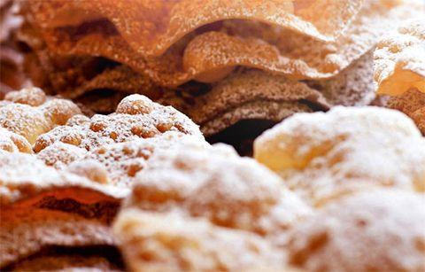 Food, Finger food, Ingredient, Dessert, Baked goods, Recipe, Cuisine, Dish, Snack, Sweetness,