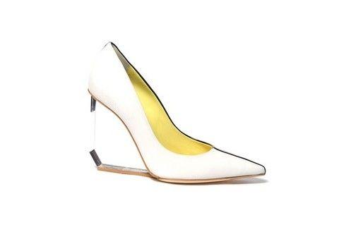Accessori primavera estate 2013: focus sulle scarpe con trasparenze
