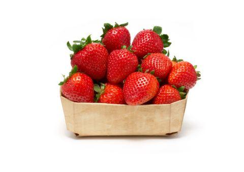 Fruit, Natural foods, Produce, Food, Strawberry, Vegan nutrition, Ingredient, Basket, Strawberries, Accessory fruit,