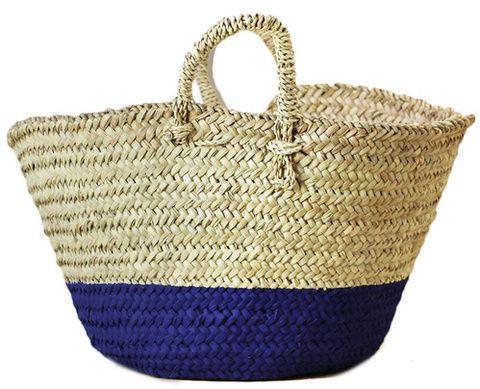 Basket, Wicker, Bag, Storage basket, Home accessories, Beige, Picnic basket, Shoulder bag, Fiber,