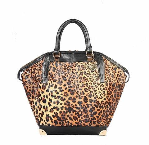 Brown, Product, Bag, Shoulder bag, Luggage and bags, Beige, Design, Leather, Fawn, Handbag,