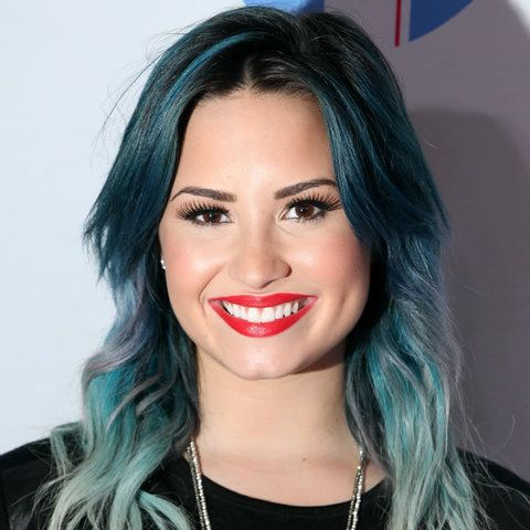 Face, Lip, Mouth, Eye, Hairstyle, Chin, Forehead, Eyebrow, Eyelash, Jewellery,