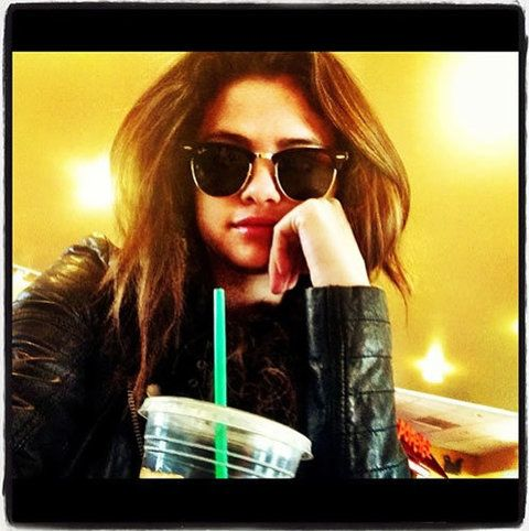 Eyewear, Vision care, Glasses, Sunglasses, Street fashion, Long hair, Blond, Rectangle, Brown hair, Display device,
