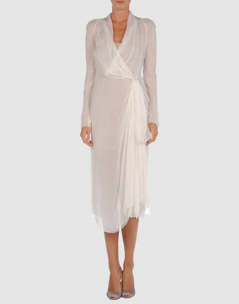 Clothing, Product, Sleeve, Shoulder, Dress, Standing, Joint, White, Formal wear, Style,