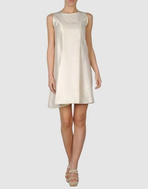 Sleeve, Shoulder, Textile, Joint, Standing, Dress, Human leg, White, Style, One-piece garment,