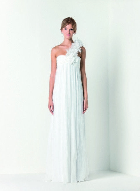 Clothing, Sleeve, Dress, Shoulder, Textile, One-piece garment, Formal wear, Gown, Bridal clothing, Waist,