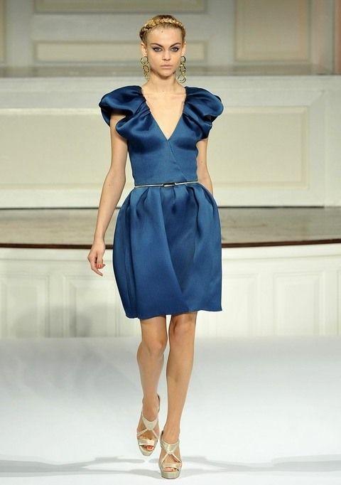 Clothing, Blue, Sleeve, Shoulder, Human leg, Joint, Dress, Style, Formal wear, One-piece garment,