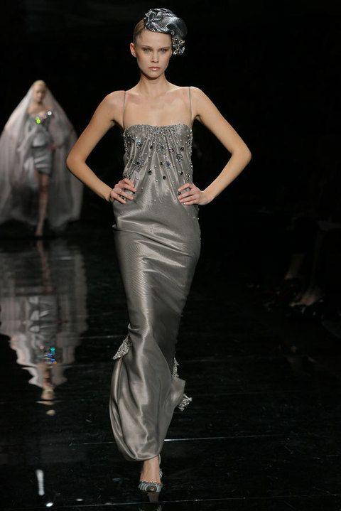 Shoulder, Fashion show, Style, Fashion model, Waist, Runway, Fashion, Beauty, Model, Flash photography,