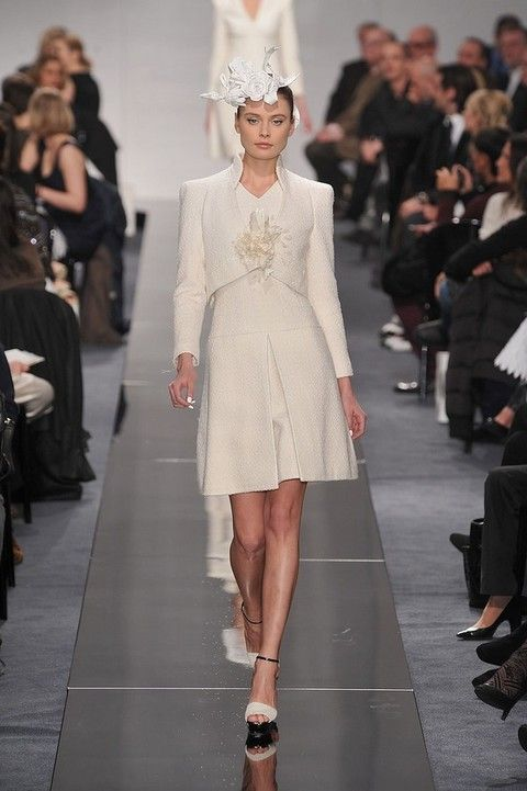 Clothing, Footwear, Leg, Fashion show, Event, Shoulder, Runway, Joint, Outerwear, Dress,