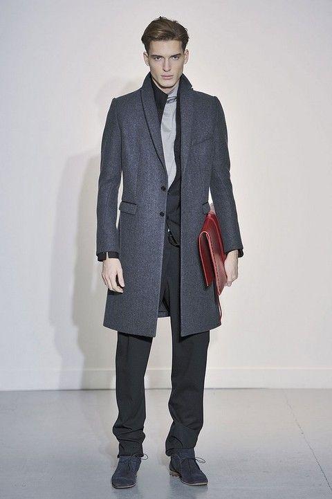 Clothing, Collar, Coat, Sleeve, Trousers, Human body, Shoulder, Shoe, Pocket, Textile,
