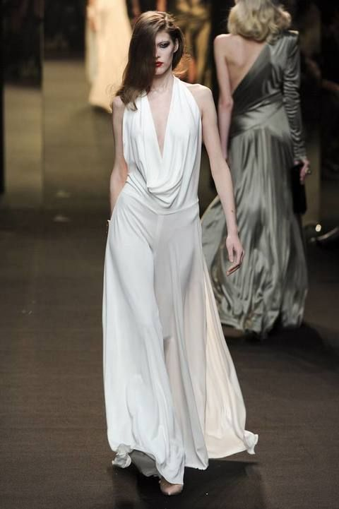 Dress, Shoulder, Gown, Formal wear, Fashion model, Floor, Style, One-piece garment, Fashion, Neck,