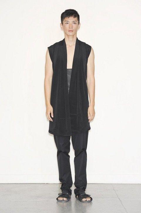 Sleeve, Shoulder, Standing, Joint, Collar, Style, Knee, Fashion model, Blazer, Fashion,