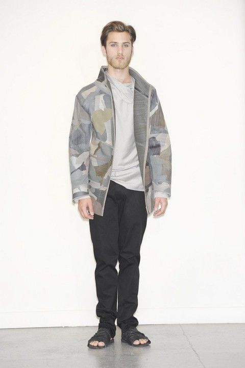 Clothing, Sleeve, Trousers, Collar, Shoulder, Camouflage, Shirt, Textile, Shoe, Standing,